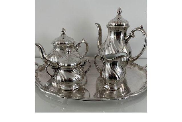 service a thé en métal argenté et porcelaine