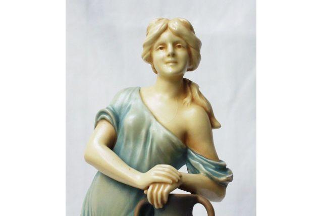 Bernard Bloch - Art Nouveau Figurine Femme porteuse d'eau