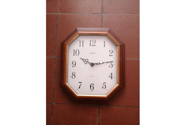 Ancienne horloge murale en bois octogonale - Vintage