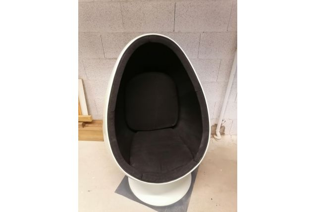 fauteuil oeuf egg