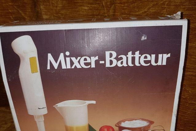 Mixeur batteur à main
