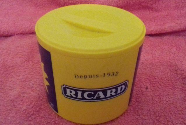 pot ricard vintage