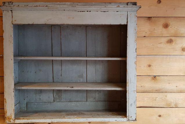 meuble à étagères ancien