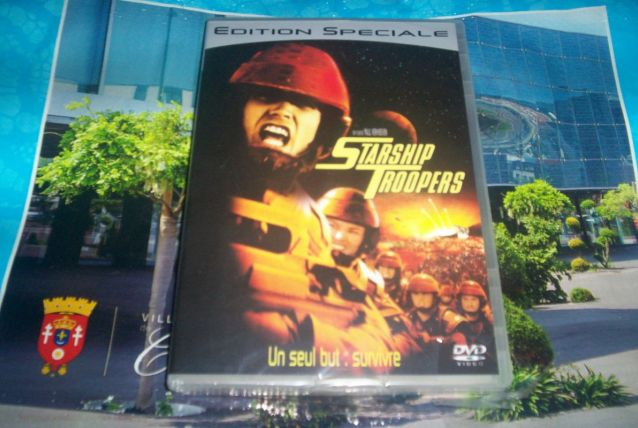 DVD STARSHIP TROOPERS FICITION ET HORREUR NEUF