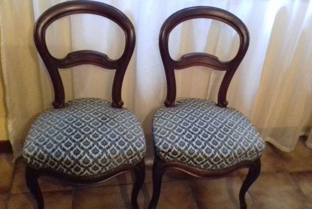 Deux chaises anciennes