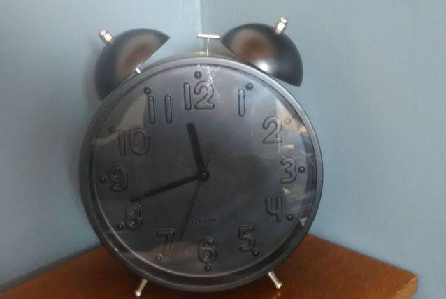 Horloge / réveil vintage marque Karlsson