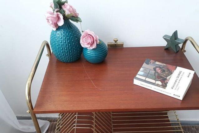Table range vinyle