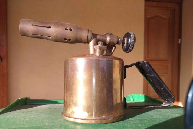 Chalumeau plombier ancien