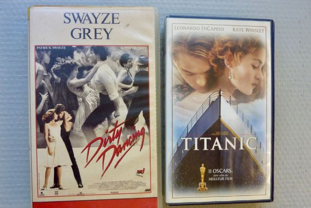 2 cassettes VHS *Dirty dancing *Titanic