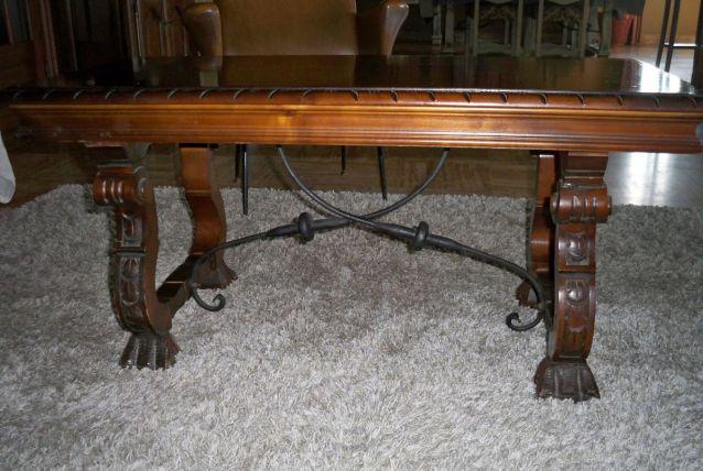 table basse renaissance espagnole