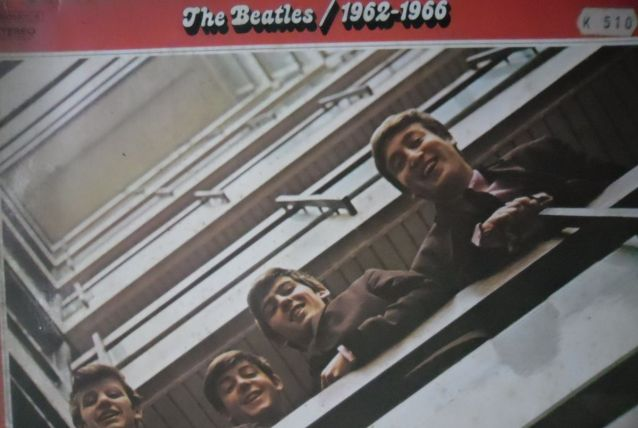 33T/LP  BEATLES  DOUBLE ROUGE  1962-1966   FRANCE