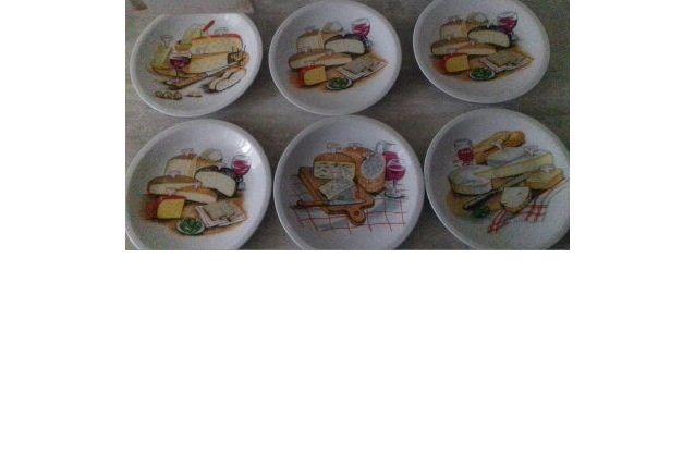 6 assiettes à fromage