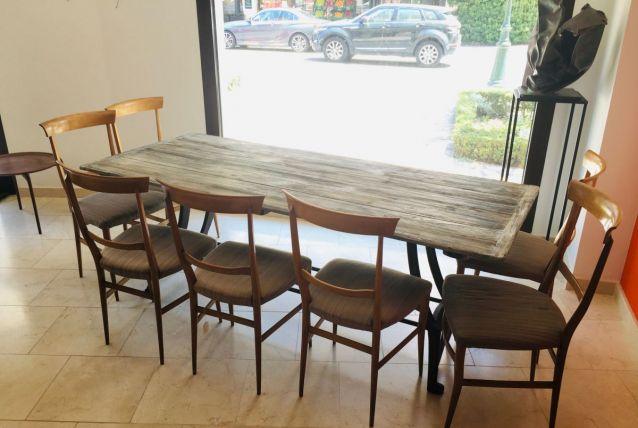 Table bois et fer forgé (sans les chaises)