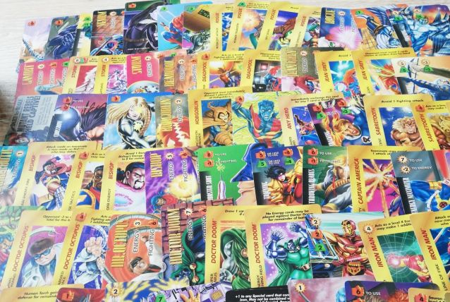lot de cartes marvel