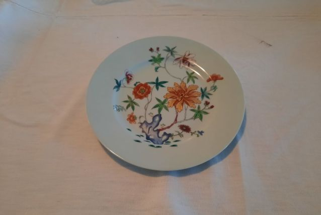 Lots 6 assiettes porcelaine 22cm