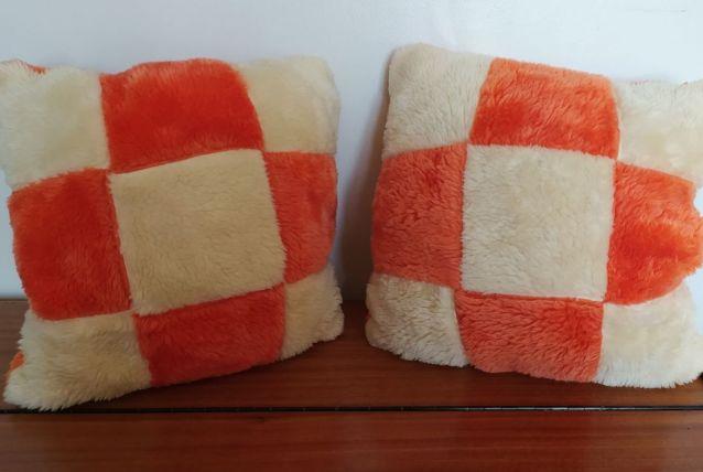 Paire Très beau coussins orange et blanc authentique vintag