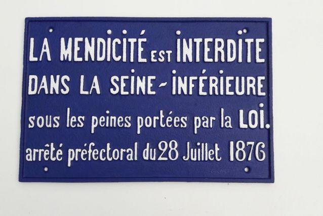 Plaque de cocher fin 19 e siècle en fonte d'acier.